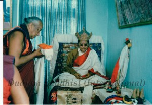 HH Dudjom Rinpoche with HH Dilgo Khyentse Rinpoche (1)
