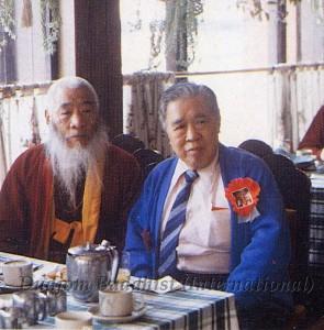 29 Guru Lau with HH Kyabje Chadral Rinpoche (1989)-1