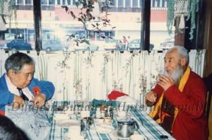 29 Guru Lau with HH Kyabje Chadral Rinpoche (1989)-8
